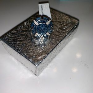 Unique BLUE AN WHITW DIAMOND RING -REAL